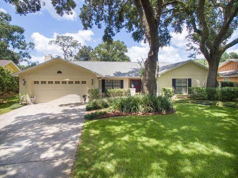 10026 Hampton Pl, Tampa, FL 33618