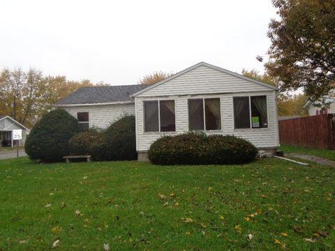 715 Atwood St, Tilton, IL 61833