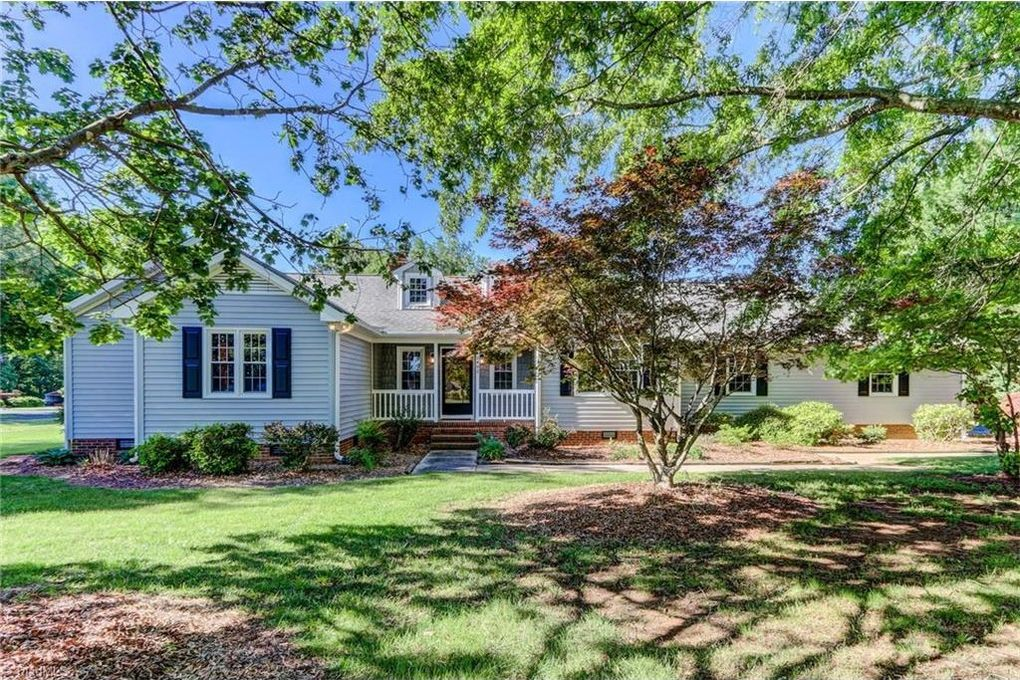 2402 Pleasant Ridge Rd Greensboro Nc 27410 Realtor Com