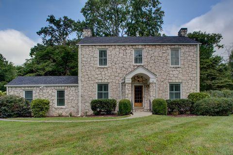 Photo of 3701 Garden Dr, Knoxville, TN 37918