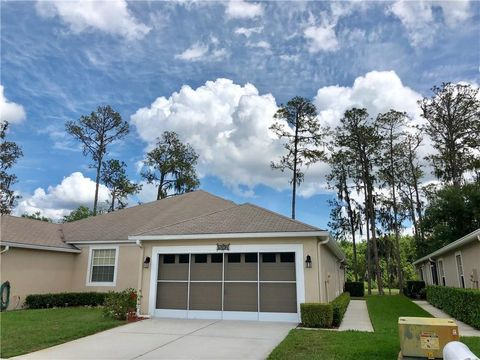 Photo of 5804 Autumn Shire Dr, Zephyrhills, FL 33541