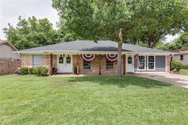 2601 Shady Grove Dr Bedford, TX 76021