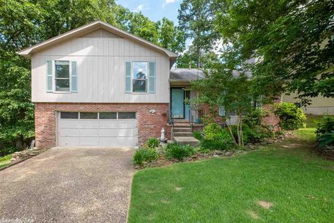 Photo of 10 Forestwood Cv, Little Rock, AR 72223