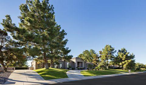 Photo of 9440 N 57th St, Paradise Valley, AZ 85253