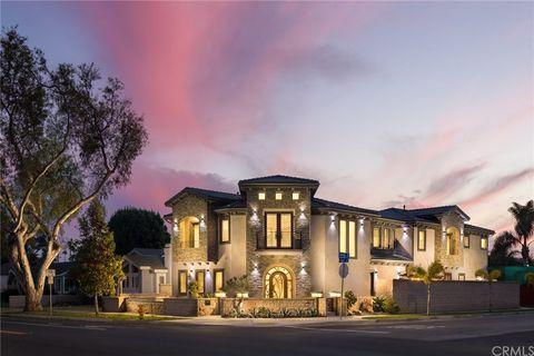 Photo of 1119 Lake St, Huntington Beach, CA 92648