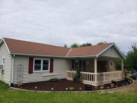 Photo of 4859 Granville Rd, Mount Vernon, OH 43050