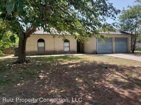 Photo of 7025 Legato Ln, Fort Worth, TX 76134