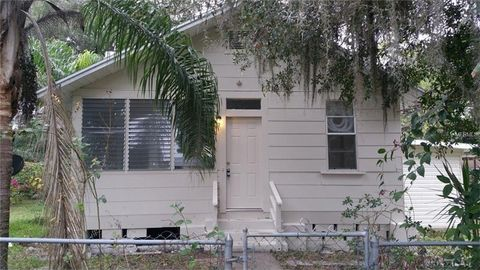 14437 Lawrence St, Dade City, FL 33523