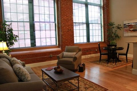 300 Canal St Unit 6-115, Lawrence, MA 01840