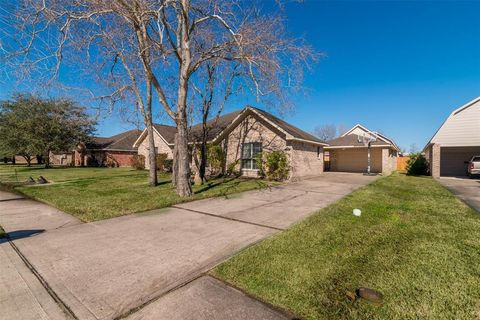Homes for rent in meadow bend league city tx