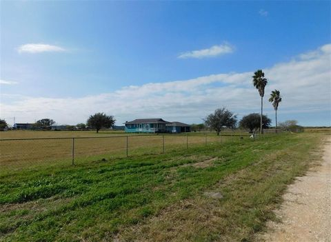 Photo of 6967 County Road 2015, Odem, TX 78370