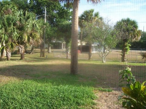 8104 Fort Pierce Blvd, Fort Pierce, FL 34951