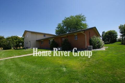 Photo of 1345 W Overland Rd, Meridian, ID 83642