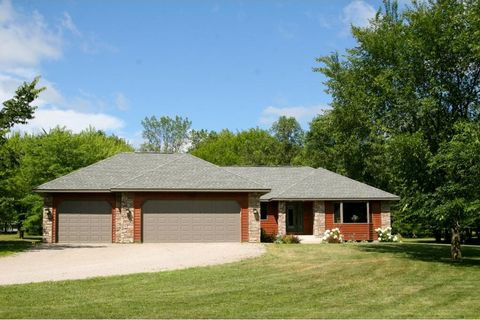 12699 Estes Ave Nw, Clearwater, MN 55320