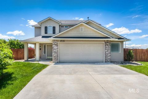 Photo of 2506 Autumncrest St, Caldwell, ID 83607