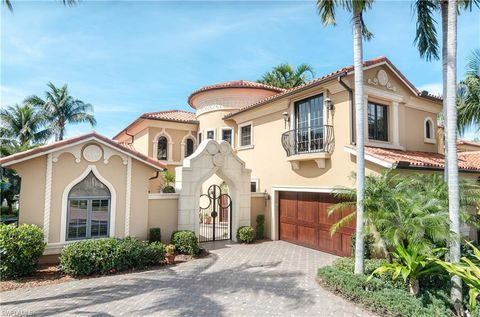 Strange Serafina Naples Fl Real Estate Homes For Sale Realtor Com Home Remodeling Inspirations Gresiscottssportslandcom