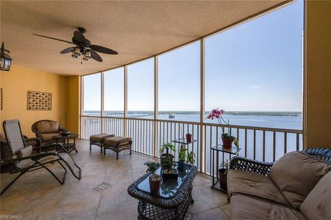 Photo of 2743 1st St Apt 2204, Fort Myers, FL 33916