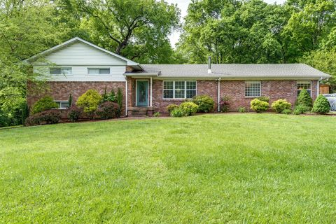 Photo of 2621 Pleasant Green Rd, Nashville, TN 37214