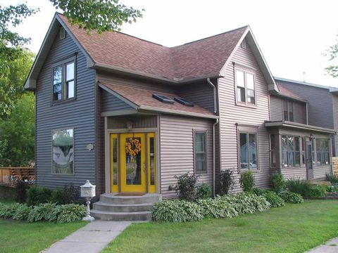 Phenomenal Wisconsin Dells Wi 5 Bedroom Homes For Sale Realtor Com Download Free Architecture Designs Momecebritishbridgeorg