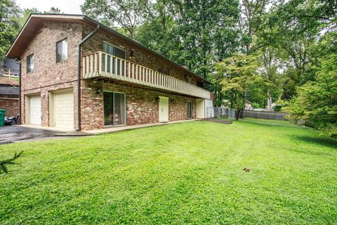 9705 Panama Dr, Knoxville, TN 37923