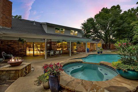 Oklahoma City Ok Houses For Sale With Swimming Pool Realtor Com