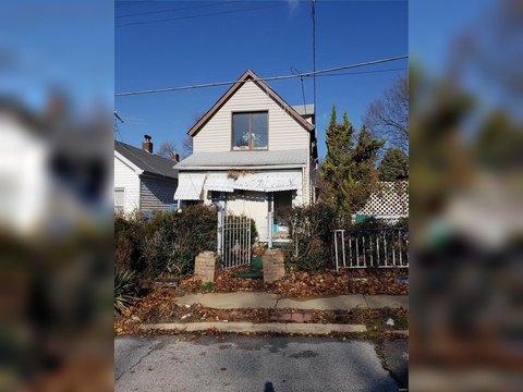 6615 Raymond Ave, Saint Louis, MO 63133