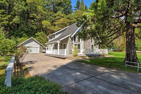 Photo of 28754 Sweetbrier Ave, Castella, CA 96017