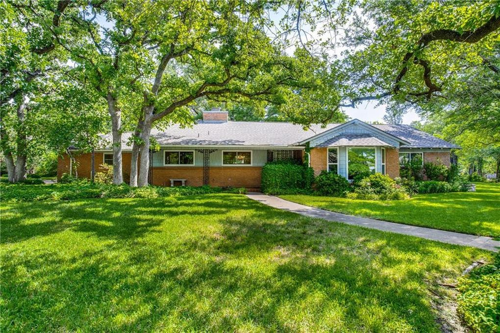 6001 Jacqueline Rd, Fort Worth, TX 76112