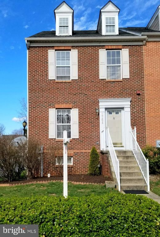 1764 Wheyfield Dr Frederick, MD 21701