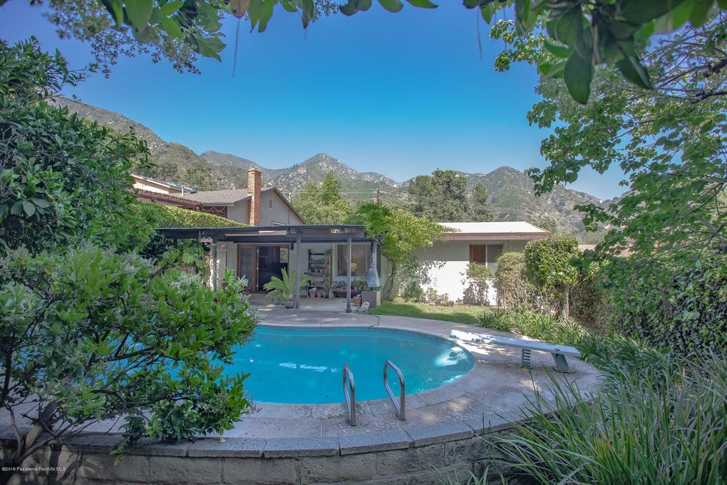 5839 Irving Ave La Crescenta, CA 91214