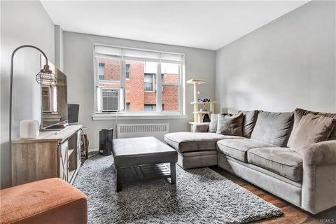 Eastview, White Plains, NY Real Estate & Homes for Sale - realtor com®