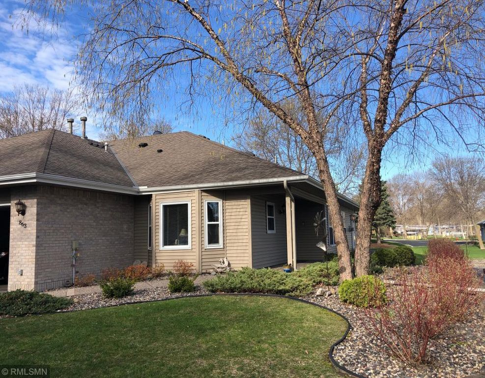 863 8th Ave Se Forest Lake Mn 55025