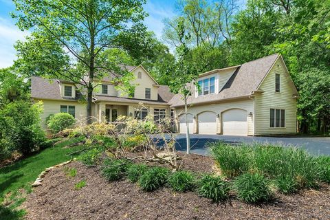 Photo of 7596 Clear Creek Ct, Blacklick, OH 43004