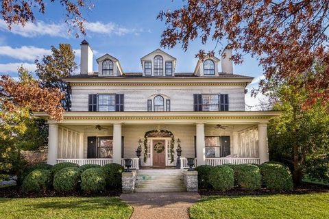 Ashland Park architecturally charming neighborhoods Kentucky