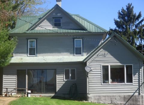 Photo of 5135 Mounds Park Rd, Blue Mounds, WI 53517