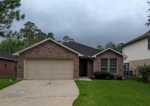 Photo of 4337 Country Club Dr, Dickinson, TX 77539