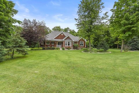 Photo of 283 Windermere Dr, Chesterton, IN 46304