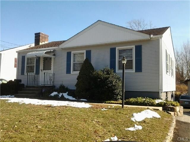 23 Fillow St, Norwalk, CT 06850 Main Gallery Photo#1