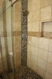 9882 S St Rt # 48, Hamilton Township, OH 45140 - Bathroom