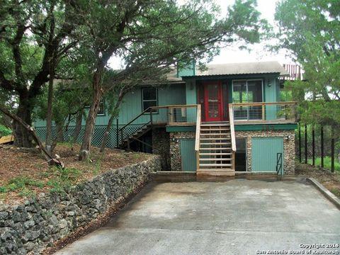 193 Black Oak Dr, Canyon Lake, TX 78133