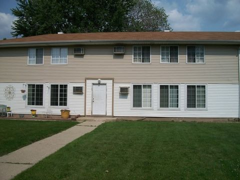 8713 S Keeler Ave Apt 1, Hometown, IL 60456
