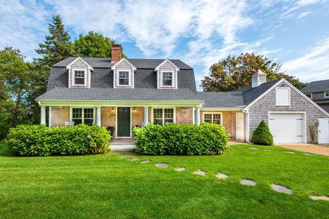 Phenomenal Marthas Vineyard Ma 5 Bedroom Homes For Sale Realtor Com Interior Design Ideas Gentotryabchikinfo