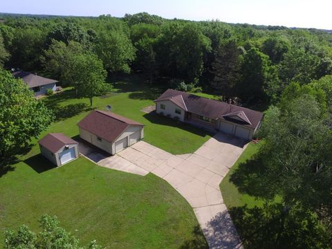 Photo of 10125 Vega Ave, Norwood Young America, MN 55397