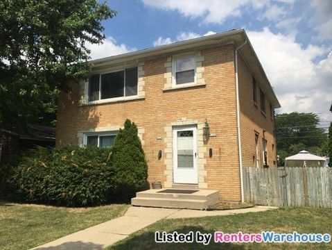 Photo of 8126 W Burleigh St, Milwaukee, WI 53222