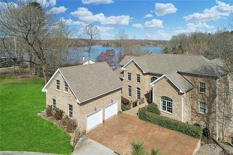 Photo of 9938 Saw Mill Rd, Charlotte, NC 28278