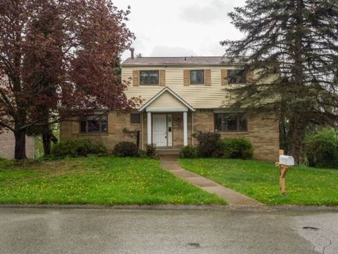 Photo of 35 Rushmore Dr, Pittsburgh, PA 15235