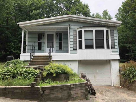42 Governors Rd, Milton, NH 03851