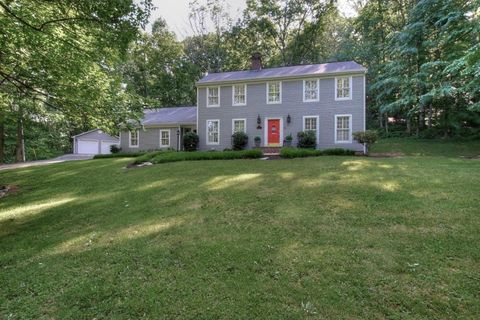 Photo of 259 Southwood Dr, Kingsport, TN 37663