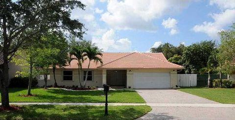 929 Nw 161st Ave, Pembroke Pines, FL 33028