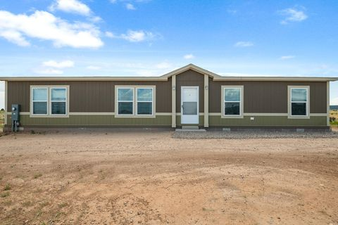 Photo of 36 Equestrian Park Rd, Edgewood, NM 87015